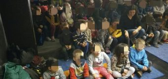 Θεατρική παράσταση και βόλτα στην Πάτρα για τα μικρούλια του Δημοτικού και Νηπιαγωγείου Άρλας – ΦΩΤΟ