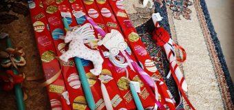 Σύλλογος Λακκόπετρας: Χειροποίητες λαμπάδες για το «Χαμόγελο του Παιδιού»