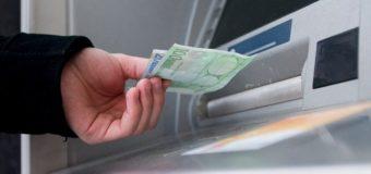 Συντάξεις – επιδόματα: Πληρωμές από τη Δευτέρα – Ποιοι θα δουν χρήματα στον λογαριασμό τους
