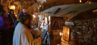 Σύλλογος Απανταχού Σανταμεριτών: Και φέτος στη σπηλιά της Παναγιάς – Διαβάστε για το έθιμο – ΦΩΤΟ